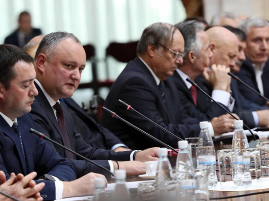 Президент открыт для дискуссий и критики